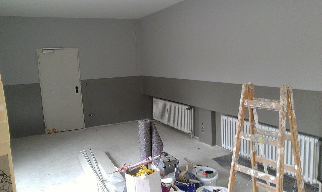 חדר בתהליך בנייה